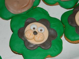 biscotti e cup cake safari style