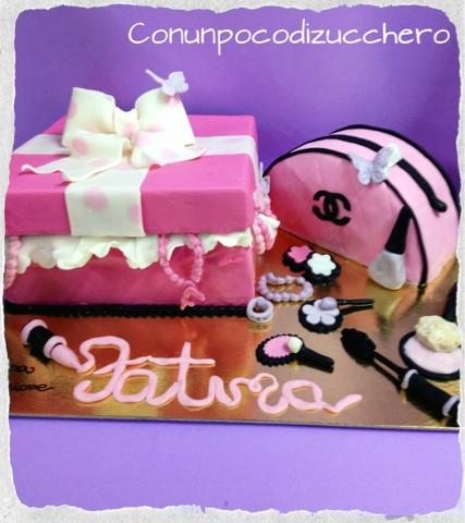torta scatola di trucchi