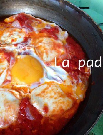 la padella con uova