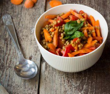 Insalata di lenticchie carote e curcuma