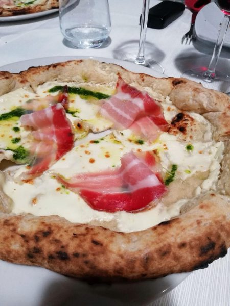 Pizza aglio orsino