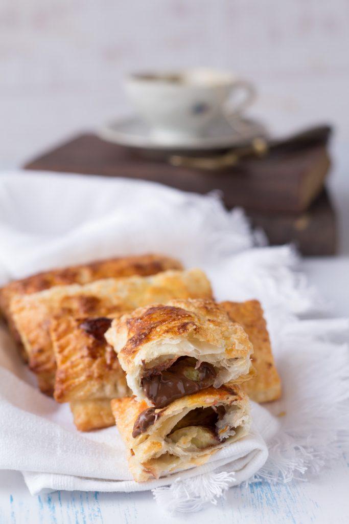 Fagottini di pasta sfoglia alla Nutella
