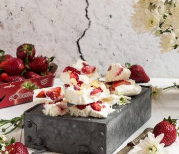 Frozen-yogurt-alle-fragole_
